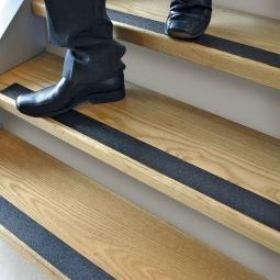 Anti-Rutsch-Band, schwarz, Rutschsicherheit nach EN13552 Kategorie R13, Breite 50 mm, Länge 18,3 m