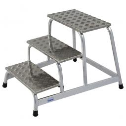 Leichtmetall-Montagetritt, mit 3 Stufen, Standhöhe 600 mm, Arbeitshöhe bis 2600 mm, Gewicht 8,5 kg